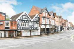 Flat To Let  High Street Worcestershire B61