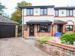 Semi Detached House To Let  Newmarket Cambridgeshire CB8