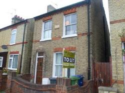 Terraced House To Let  Cambridge Cambridgeshire CB4