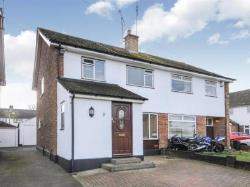 Semi Detached House To Let  Billericay Essex CM12