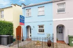 Terraced House To Let  Cheltenham Gloucestershire GL53