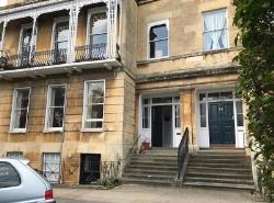 Flat To Let  Cheltenham Gloucestershire GL54