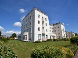 Flat To Let  Marine Parade East Essex CO15