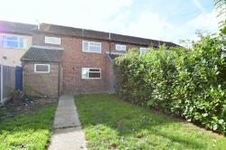 Terraced House To Let  Mason Road Essex CO16