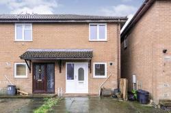 Terraced House To Let  Trimley Close Essex CO16
