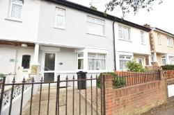 Terraced House To Let  Kingwell Avenue Essex CO15