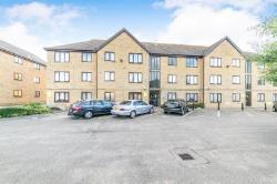 Flat To Let  Warwick Road Essex CO15