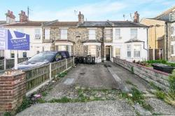 Flat To Let  Clacton On Sea Essex CO15