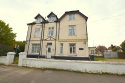 Flat To Let  1 Granville Road Essex CO15