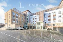 Flat To Let  Quayside Drive Essex CO2