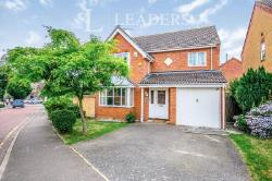 Detached House To Let   Essex CO4