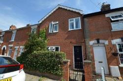 Terraced House To Let   Essex CO2