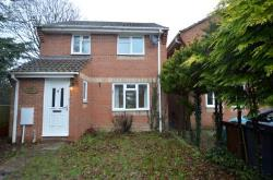 Detached House To Let  COLCHESTER Essex CO2
