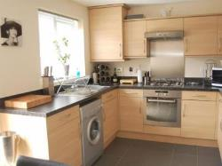 Semi Detached House To Let  Derby Derbyshire DE24