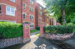 Flat To Let  St Andrews Road Worcestershire WR9