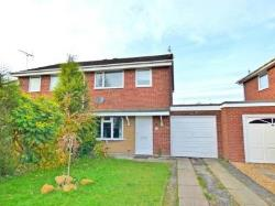 Semi Detached House To Let  Newcastle Staffordshire ST5