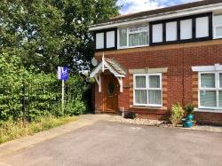 Semi Detached House To Let  Hedge End Hampshire SO30
