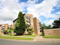Flat For Sale  Horsham West Sussex RH13