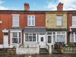 Terraced House To Let  Cotteridge West Midlands B30