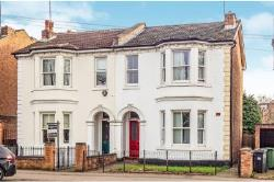 Semi Detached House To Let  Radford Road Warwickshire CV31