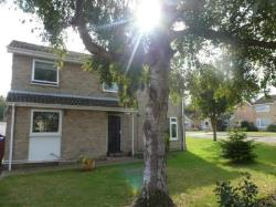 Detached House To Let  Lowestoft Suffolk NR33