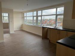 Flat To Let  76 Pinewood Avenue Suffolk NR33