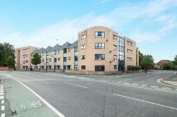 Flat To Let  Hulme Greater Manchester M15