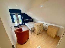 Terraced House To Let  Fallowfield Greater Manchester M14