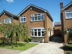 Detached House To Let  Sutton In Ashfield Nottinghamshire NG17