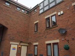 Flat To Let  Mansfield Nottinghamshire NG21