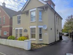 Flat To Let  Whitefield Road Hampshire BH25