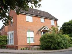Detached House To Let  Wymondham Norfolk NR18