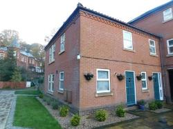 Semi Detached House To Let  Norwich Norfolk NR7