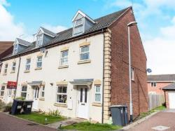 Terraced House For Sale  Nottingham Nottinghamshire NG13