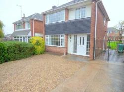 Detached House To Let  Rise Park Nottinghamshire NG5