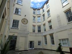 Flat To Let  Hounds Gate Nottinghamshire NG1