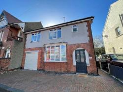 Detached House To Let  Long Eaton Derbyshire NG10