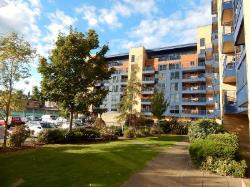 Flat To Let  85 Canute Road Hampshire SO14