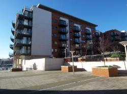 Flat To Let  33 Channel Way Hampshire SO14