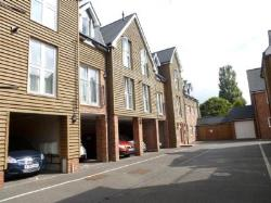 Flat For Sale  Ringwood Hampshire BH24
