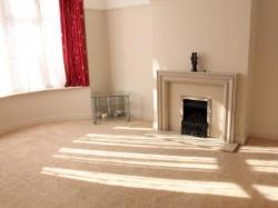 Terraced House To Let  Southend On Sea Essex SS2