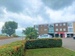Flat To Let  Shorefield Road Essex SS0