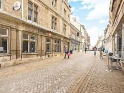Flat To Let  Stamford Lincolnshire PE9