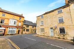 Terraced House To Let  1 St Leonards Street Lincolnshire PE9