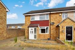 Terraced House To Let  Alan Road Essex CM8