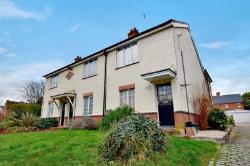 Terraced House To Let  Spinks Lane Essex CM8