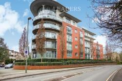 Flat To Let  Constitution Hill Surrey GU22