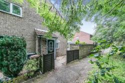 Terraced House To Let  Lachlan Green Suffolk IP12