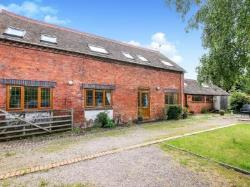 Detached House To Let Droitwich Worcester Worcestershire WR9
