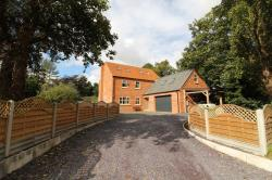 Detached House To Let  Blyton Lincolnshire DN21